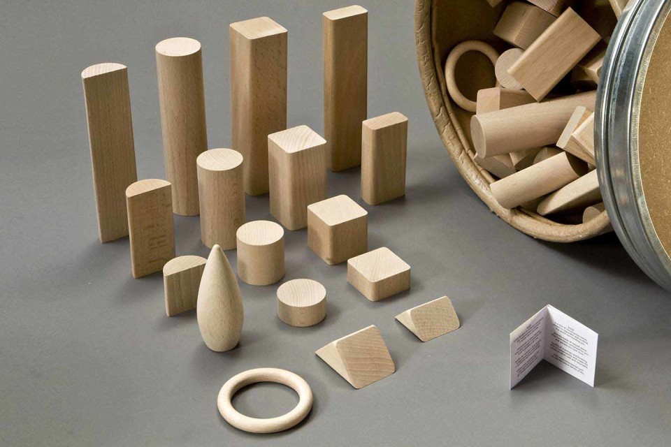 build-building-wooden-blocks-sustainable-fsc