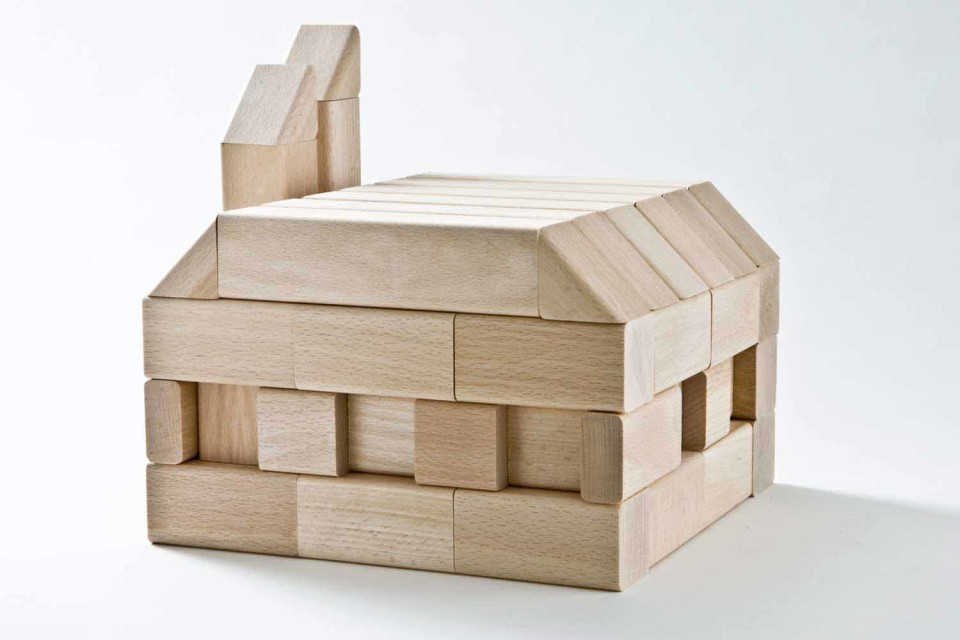 build-building-wooden-blocks-sustainable-fsc_2