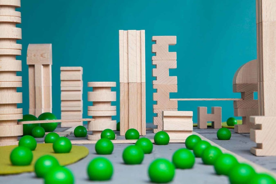metroquadro-city-planning-game-building-blocks_1